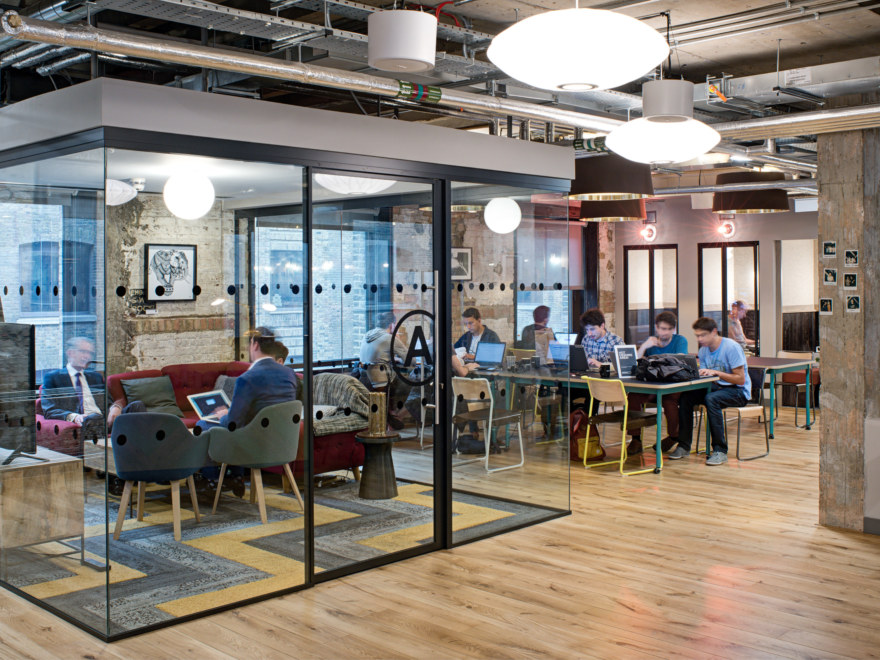 Space management in coworking designs