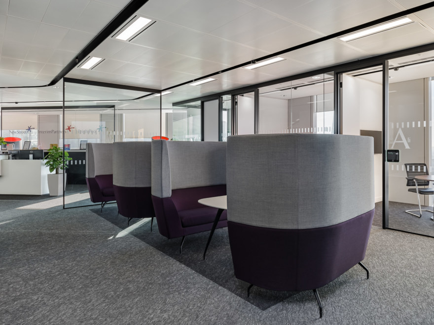 meeting-rooms-and-privet-booths-design-for-InterimPartners