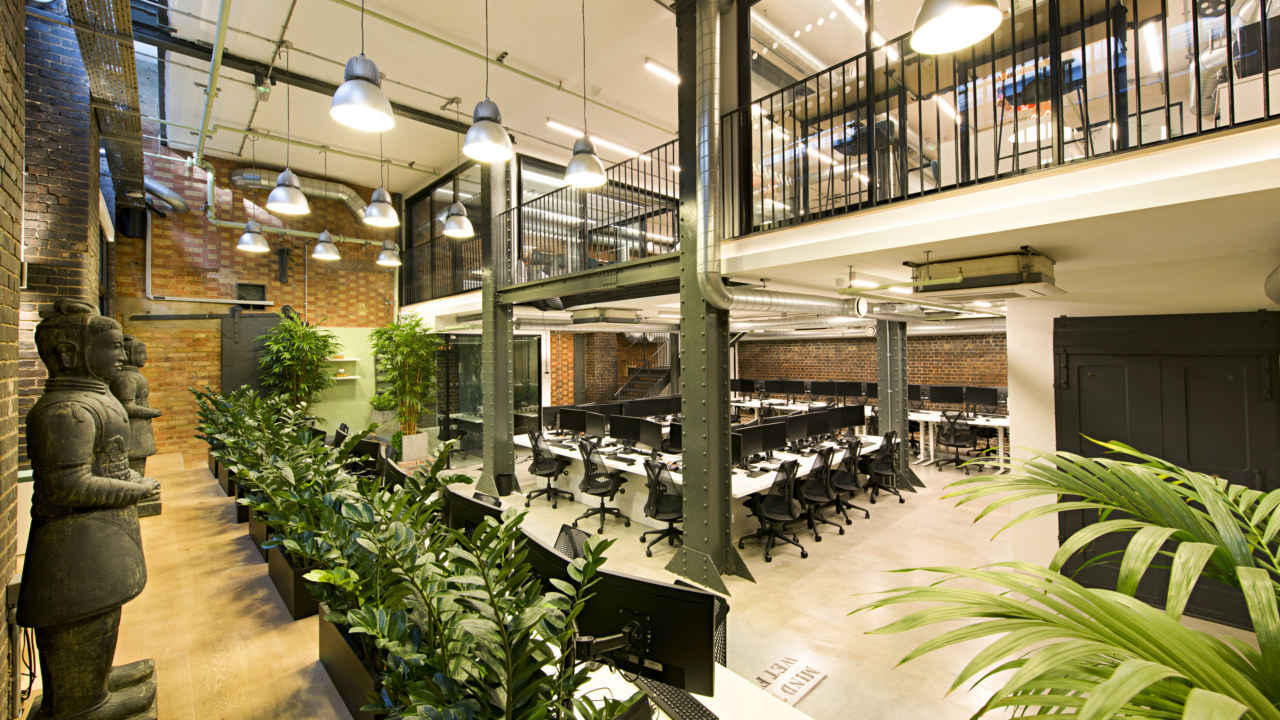 workplace-design-by-oktra_3840x2160_acf_cropped_3840x2160_acf_cropped