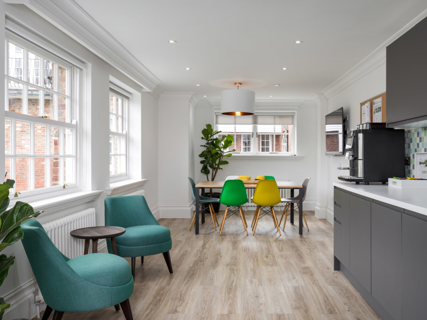 Halma office design by Oktra