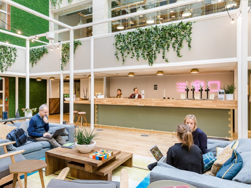 WeWork-4-HighRes-min_2640x1980_acf_cropped