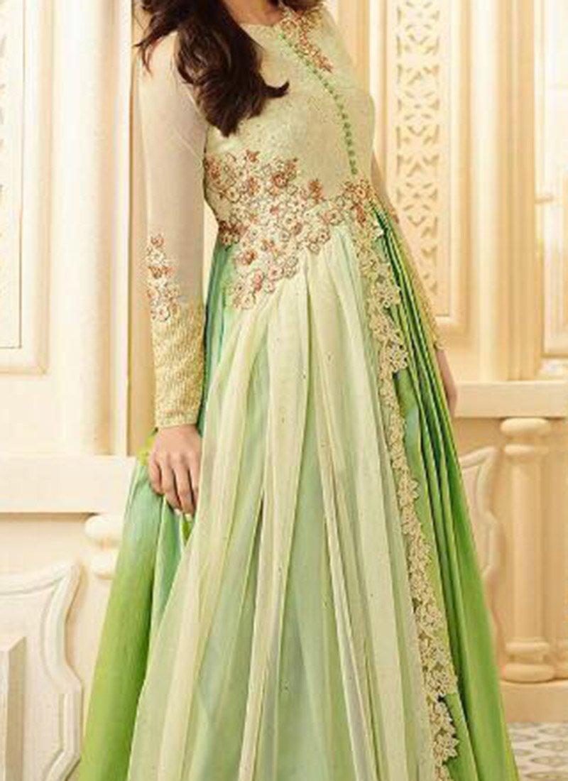 Kareena Kapoor Green Anarkali Dress Prices in India ...  |Kareena In Green Anarkali Dress