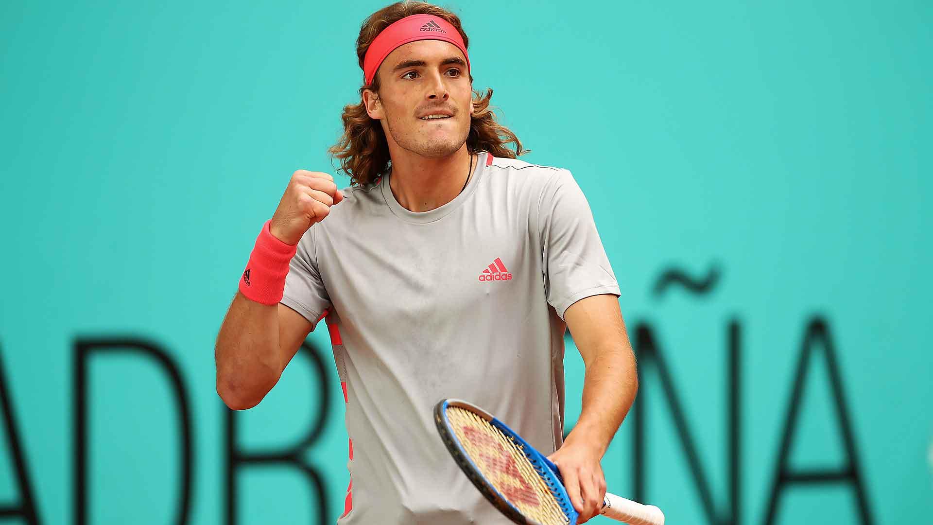 Stefanos Tsitsipas Through To Last Eight Of Italian Open To Play Roger Federerparikiaki Parikiaki Cyprus And Cypriot News