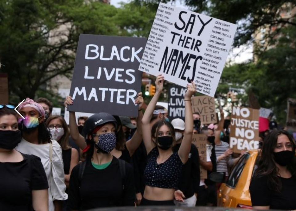 Violence erupts at L.A., N.Y. protests after Trump vows to bring ...