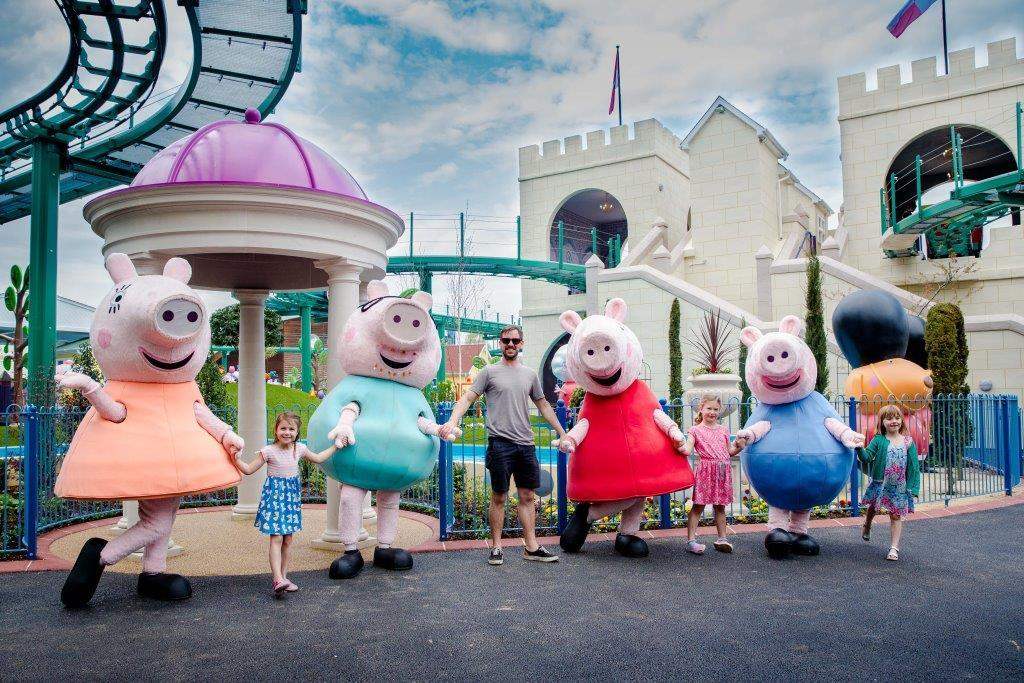 Get ready for an even bigger Peppa Pig World with two fun new rides now open!