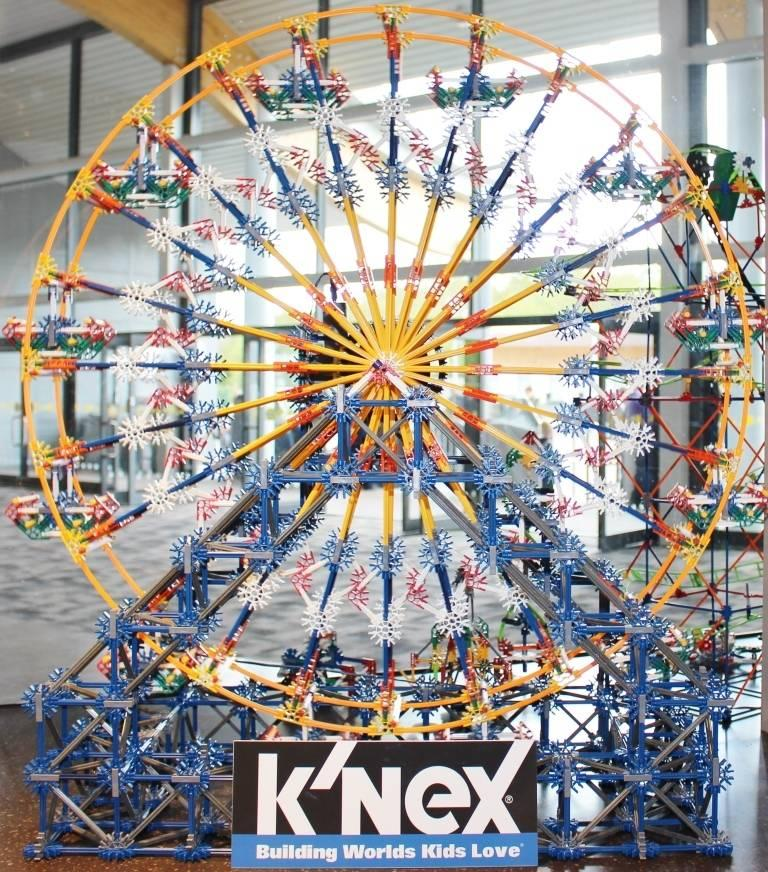 Build Your Very Own K'nex Theme Park
