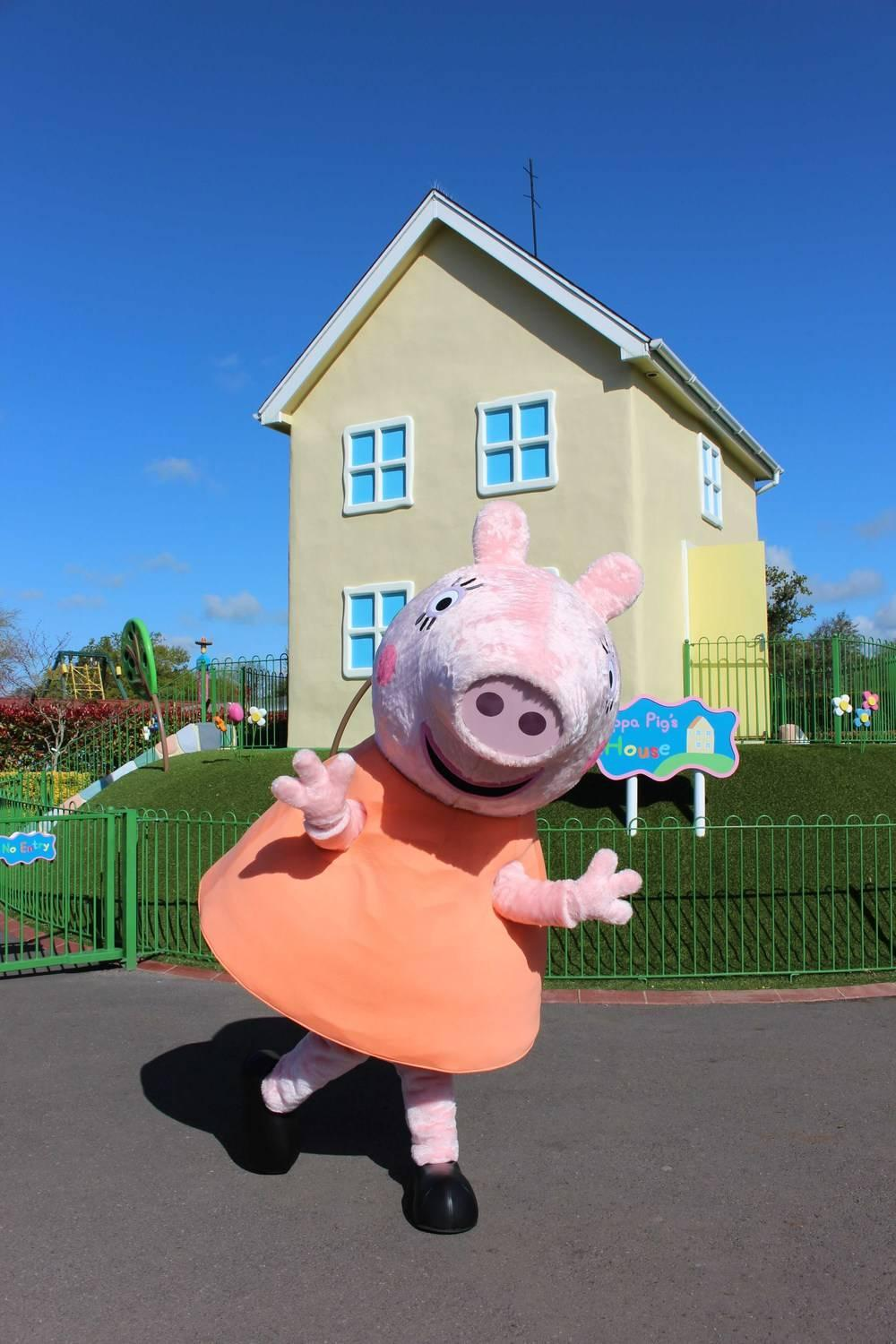 Mother's Day at Paultons Park and Peppa Pig World