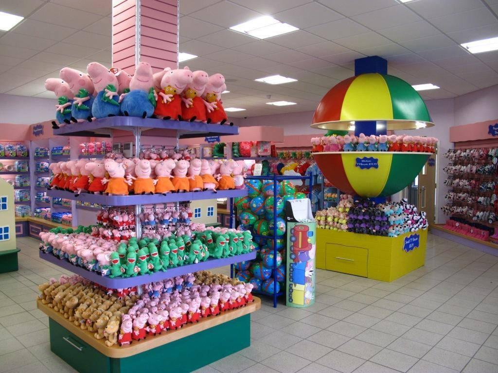 Step Inside the Largest Peppa Pig Toy Shop in the World!