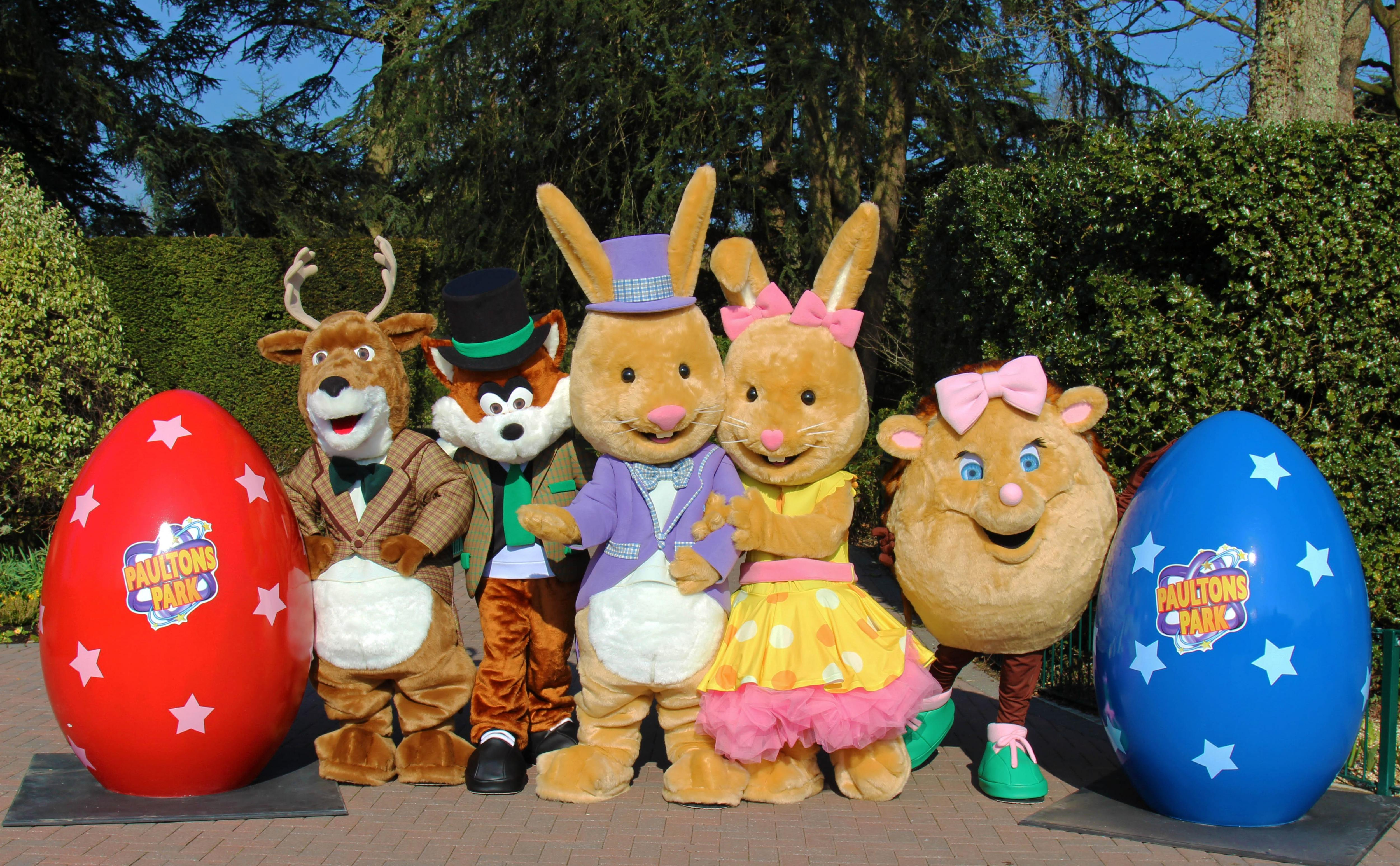 IF YOU'RE HOP-ING FOR FAMILY FUN THIS EASTER, PAULTONS PARK IS THE PLACE TO BE!