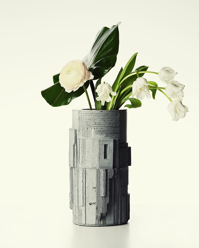 Larose Paris Collaborates With David Umemoto For Artistic Vases