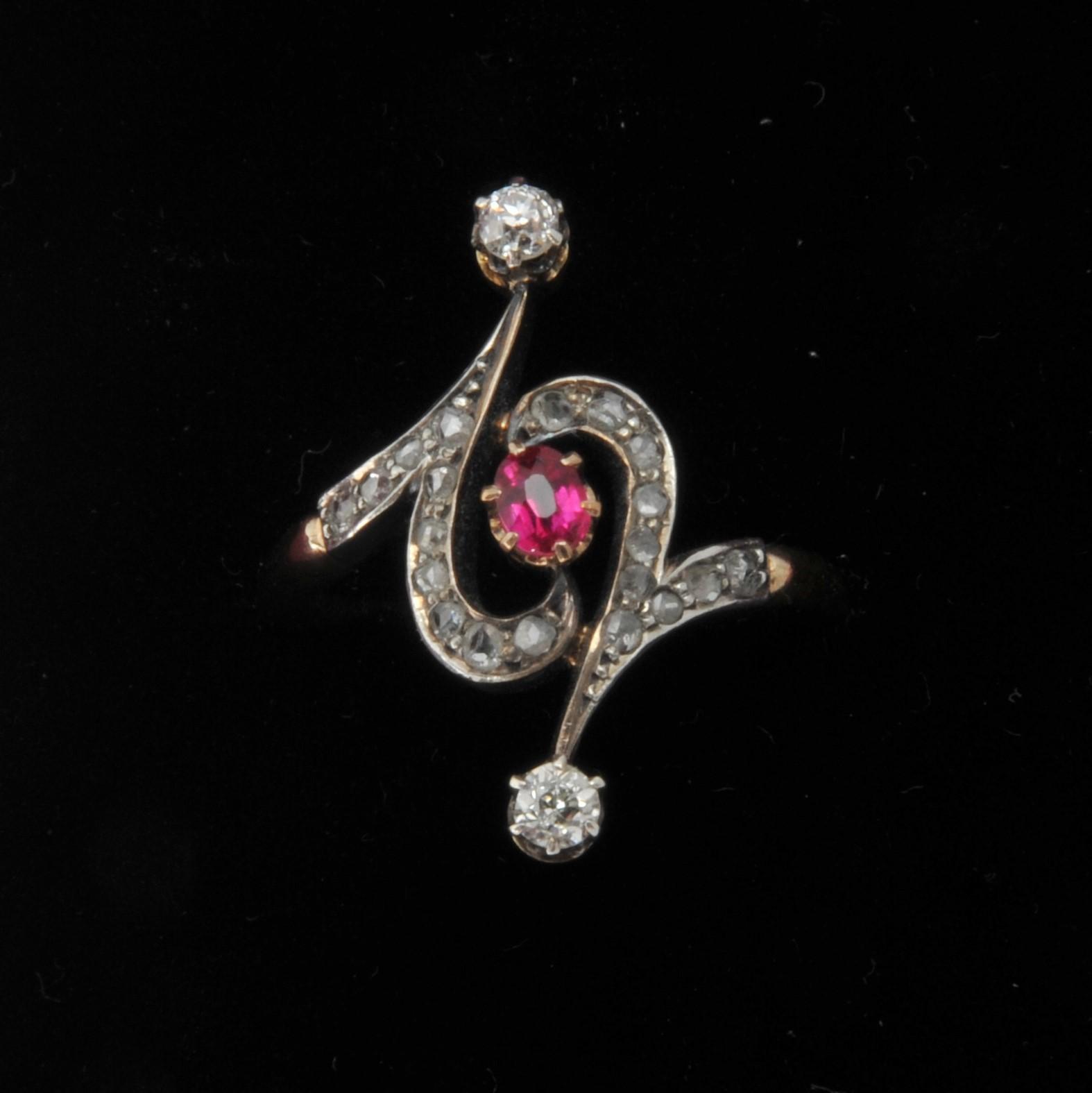 Art nouveau ruby diamond gold ring