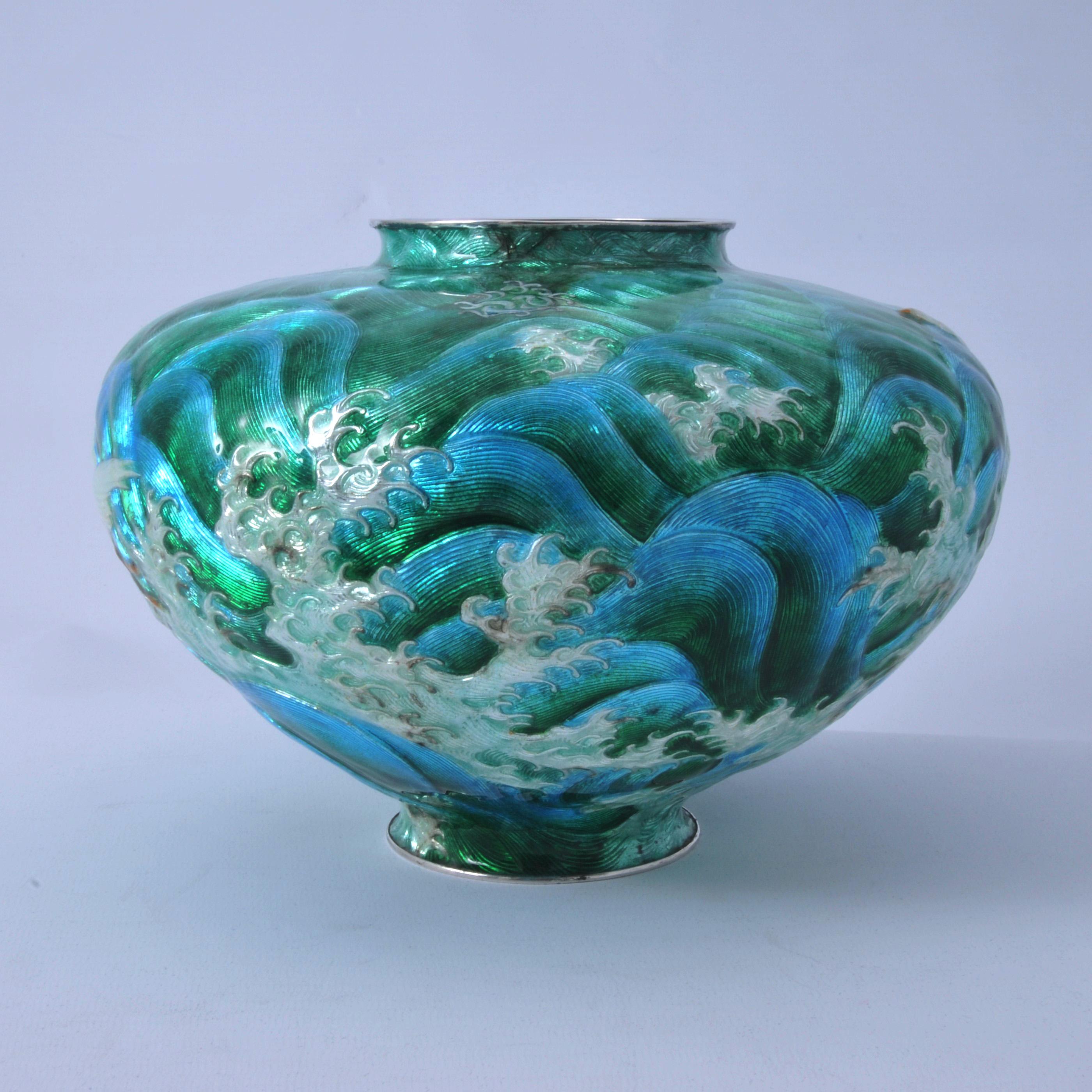 Meiji Japanese cloisonne vase