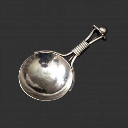 AE Jones silver arts and crafts caddy spoon