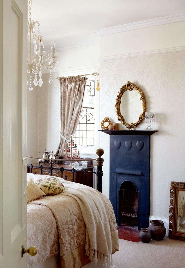edwardian house interiors. bedroom in victorian edwardian home house interiors