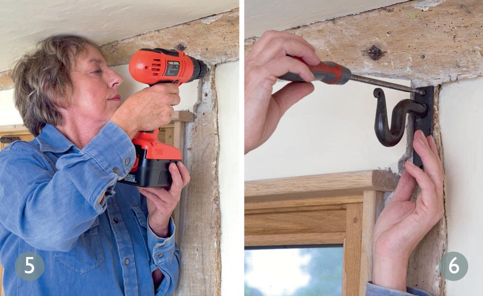 How to drill correctly; Attach brackets to the wall