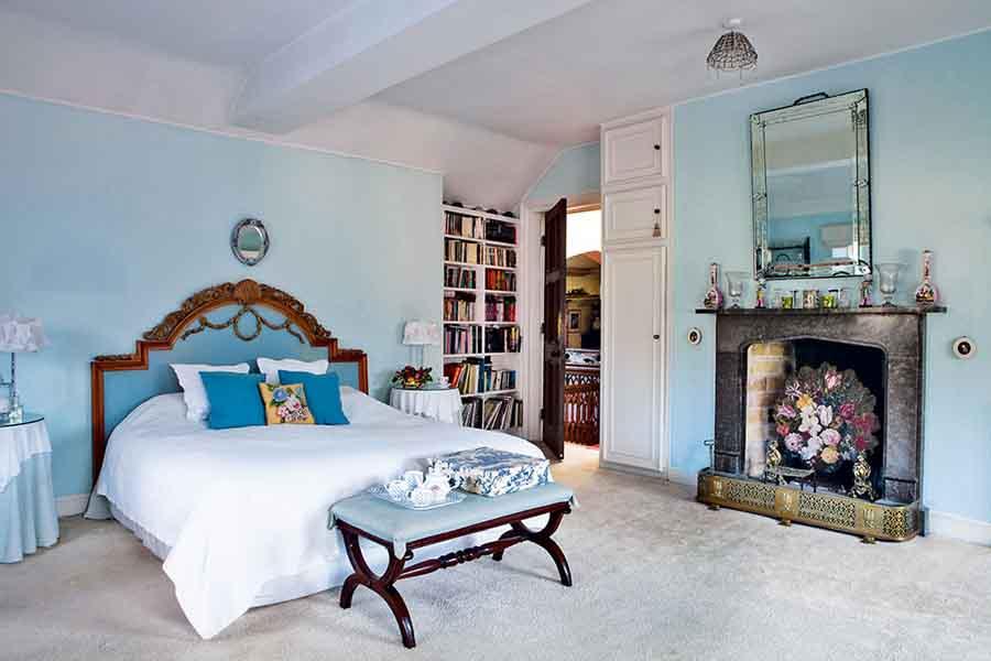 stanton-hall-house-bedroom