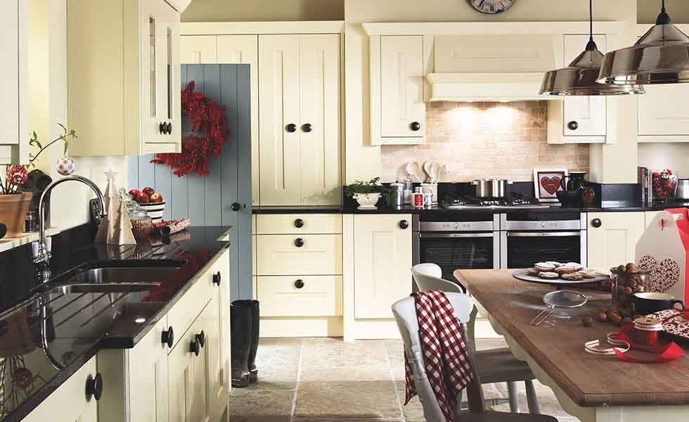 Second Nature family kitchen shaker style