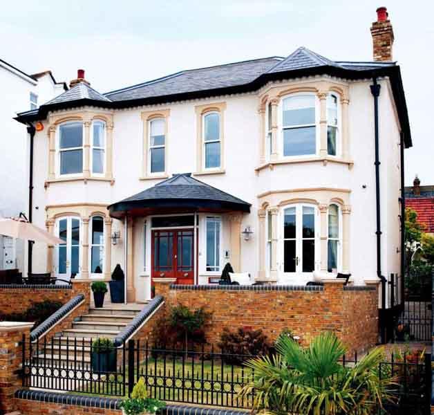 thomas-victorian-house-exterior-1002x957