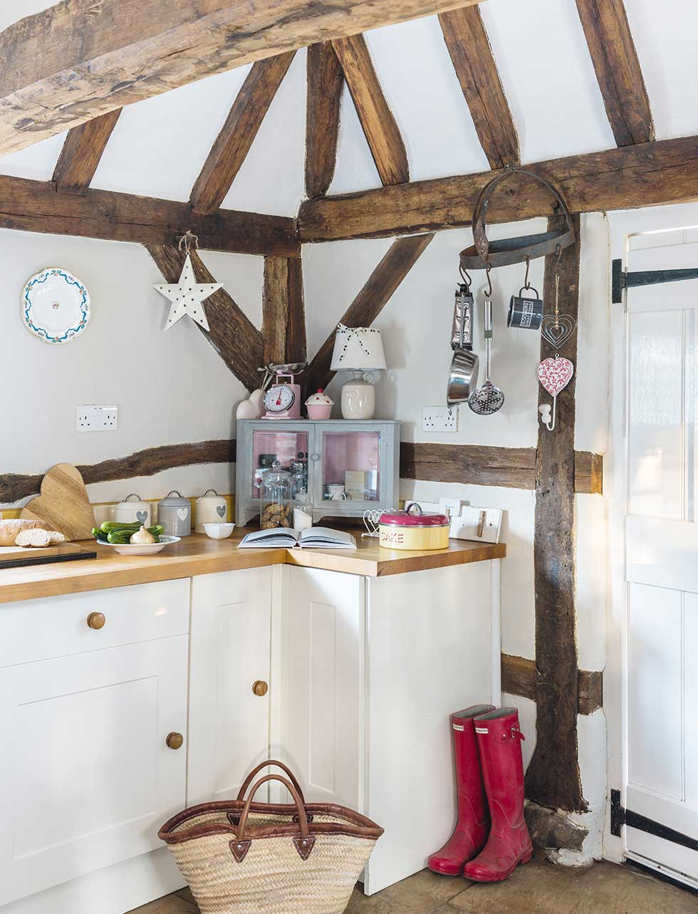 Renovated thatched holiday cottage period living for English rose kitchen units