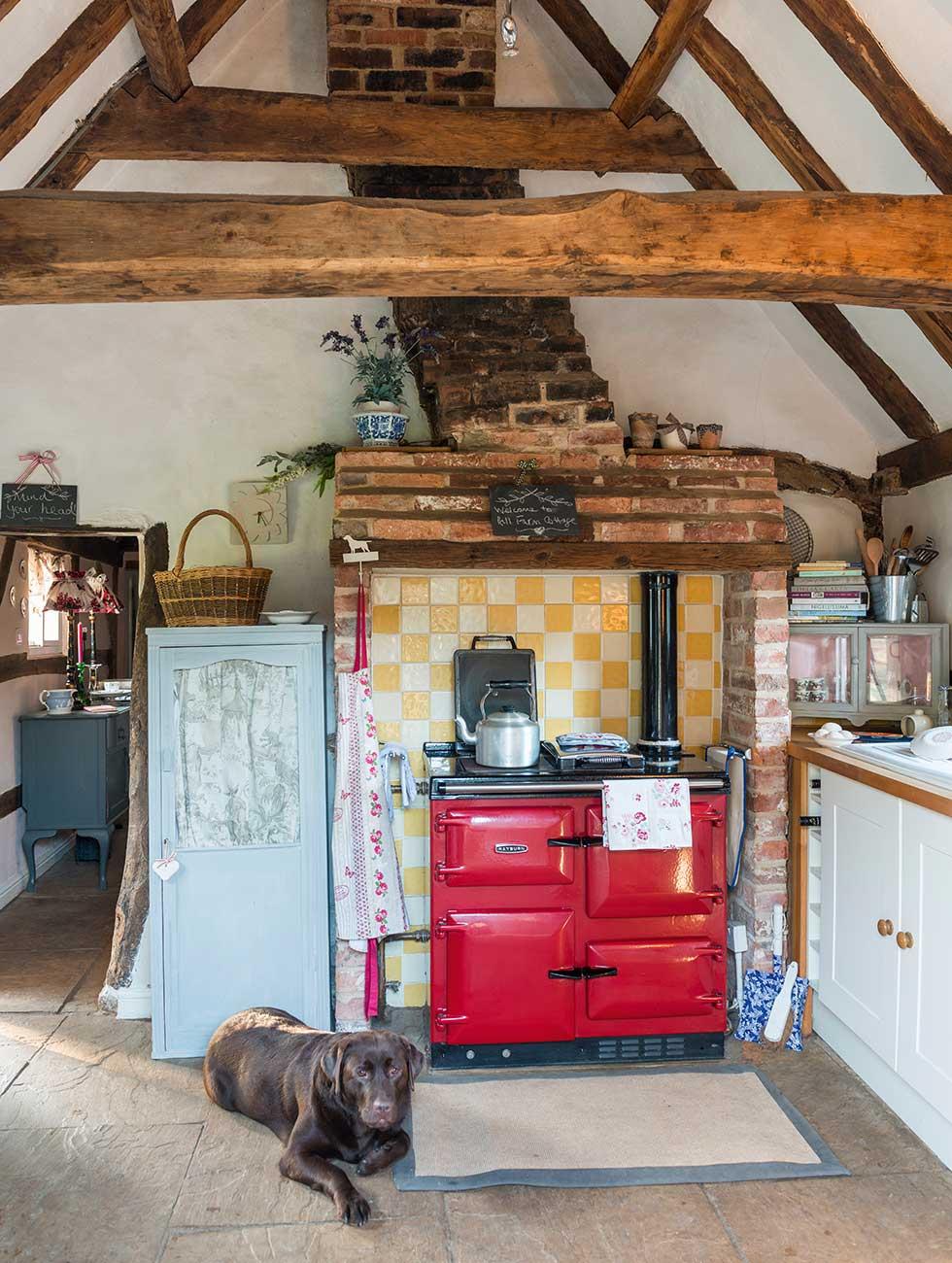 lewis-cottage-kitchen