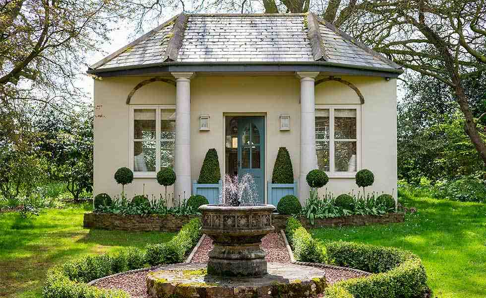 shell decorated garden room