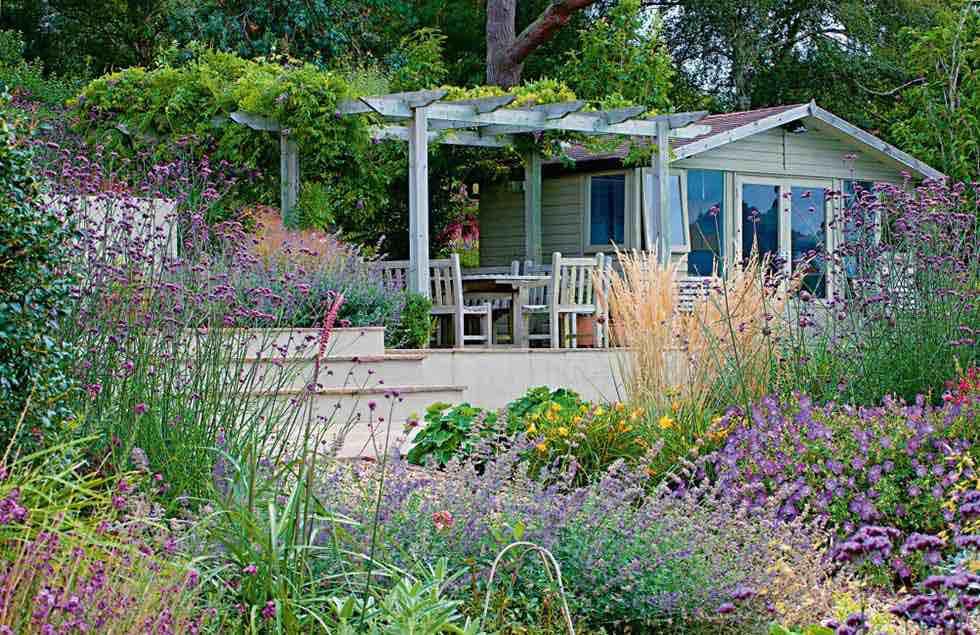 garden rooms for entertaining