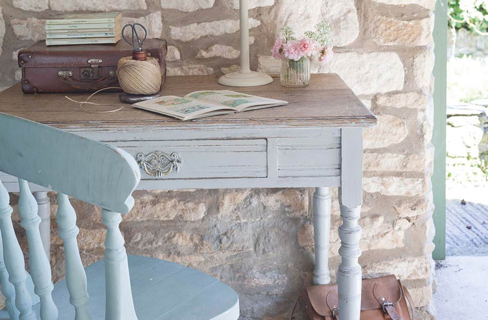 vintage paint effects on an oak table