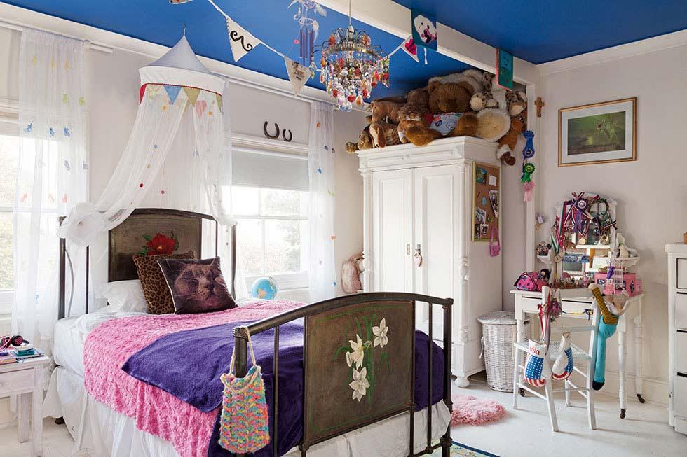 childrens-bedroom-colourful-victorian-villa