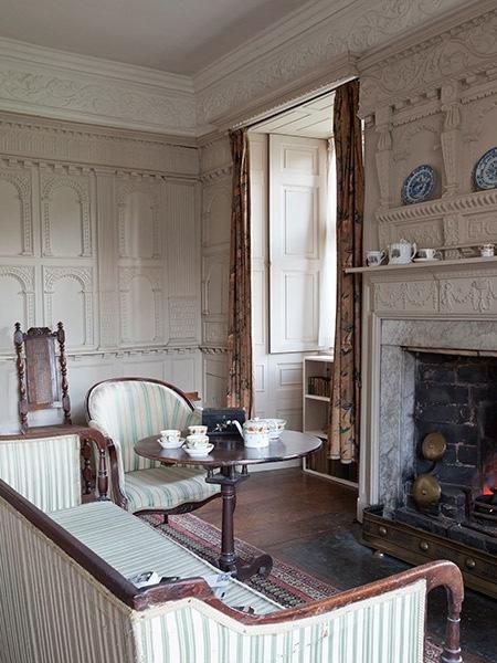 Chastleton house white parlour