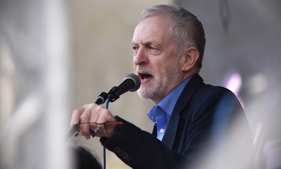 They come to praise Jeremy, not to bury him