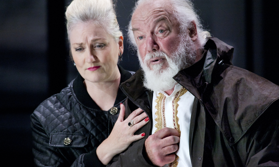 King Lear illuminated by opera stars