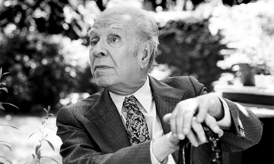 Jorge Luis Borges and the heresiarchs of the 64 squares