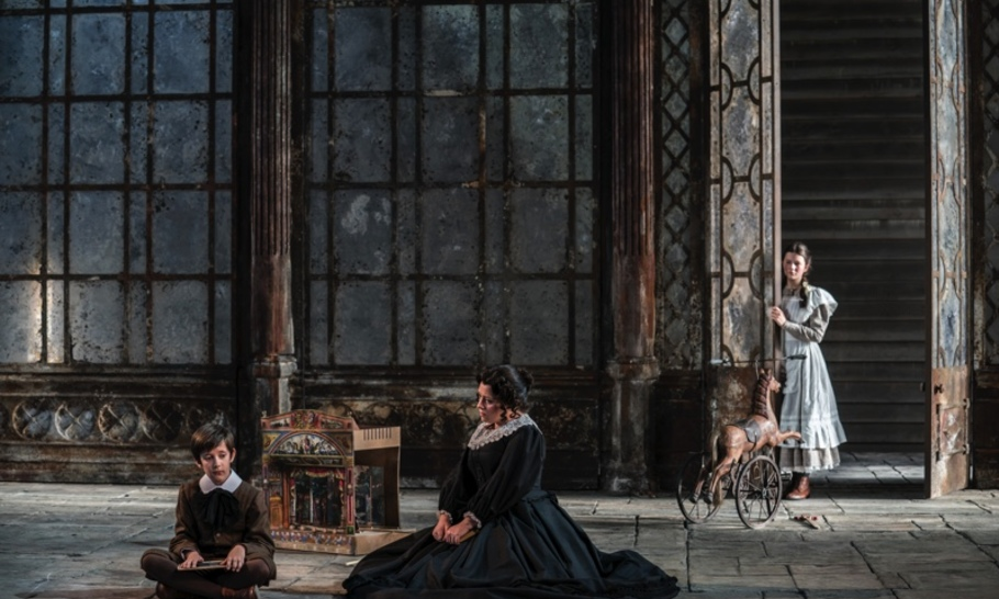 The Turn of the Screw, Garsington Opera review: a hauntingly memorable interpretation