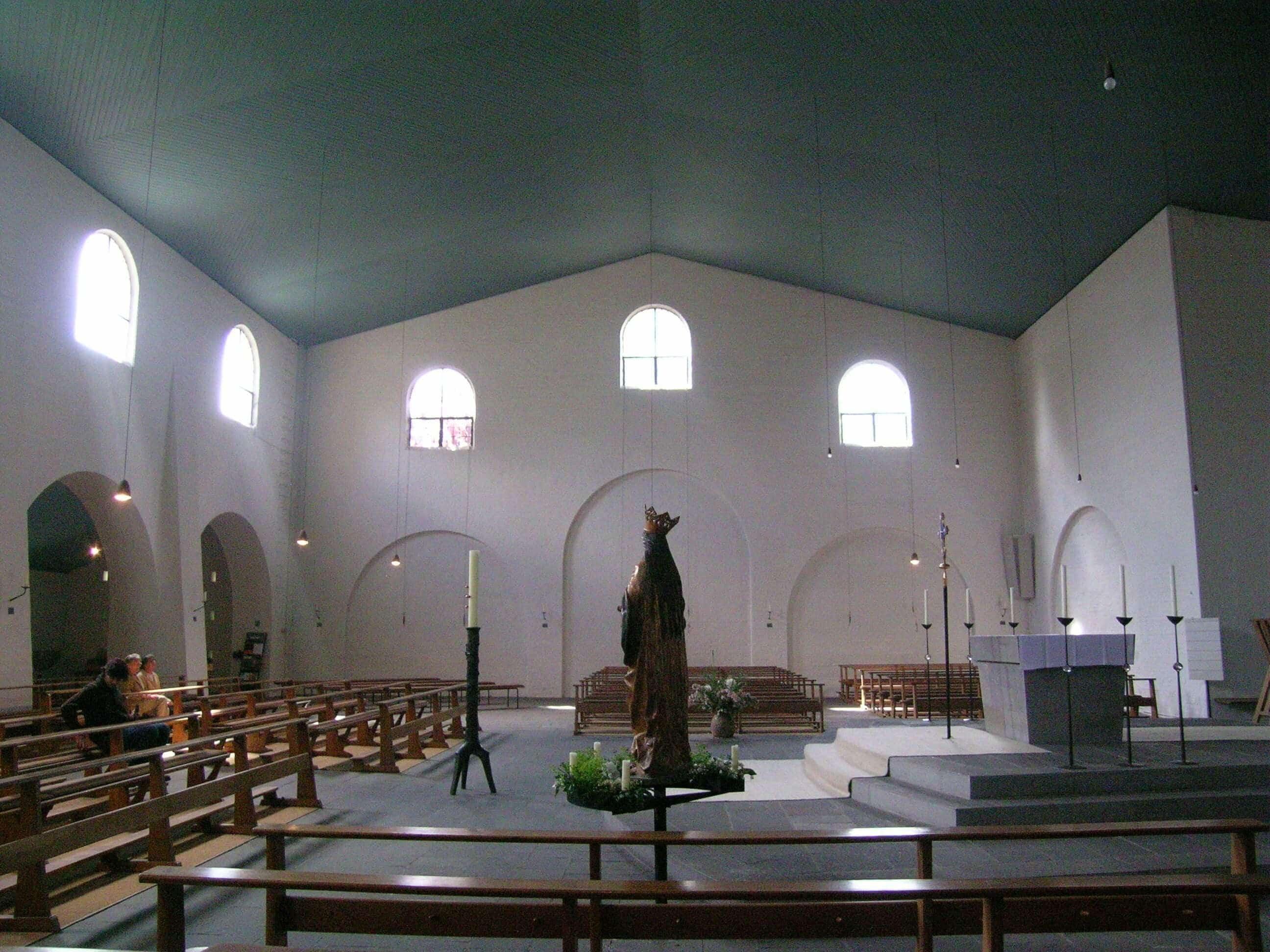 Igreja%20de%20S%C3%A3o%20Louren%C3%A7o%2C%20em%20Munique.