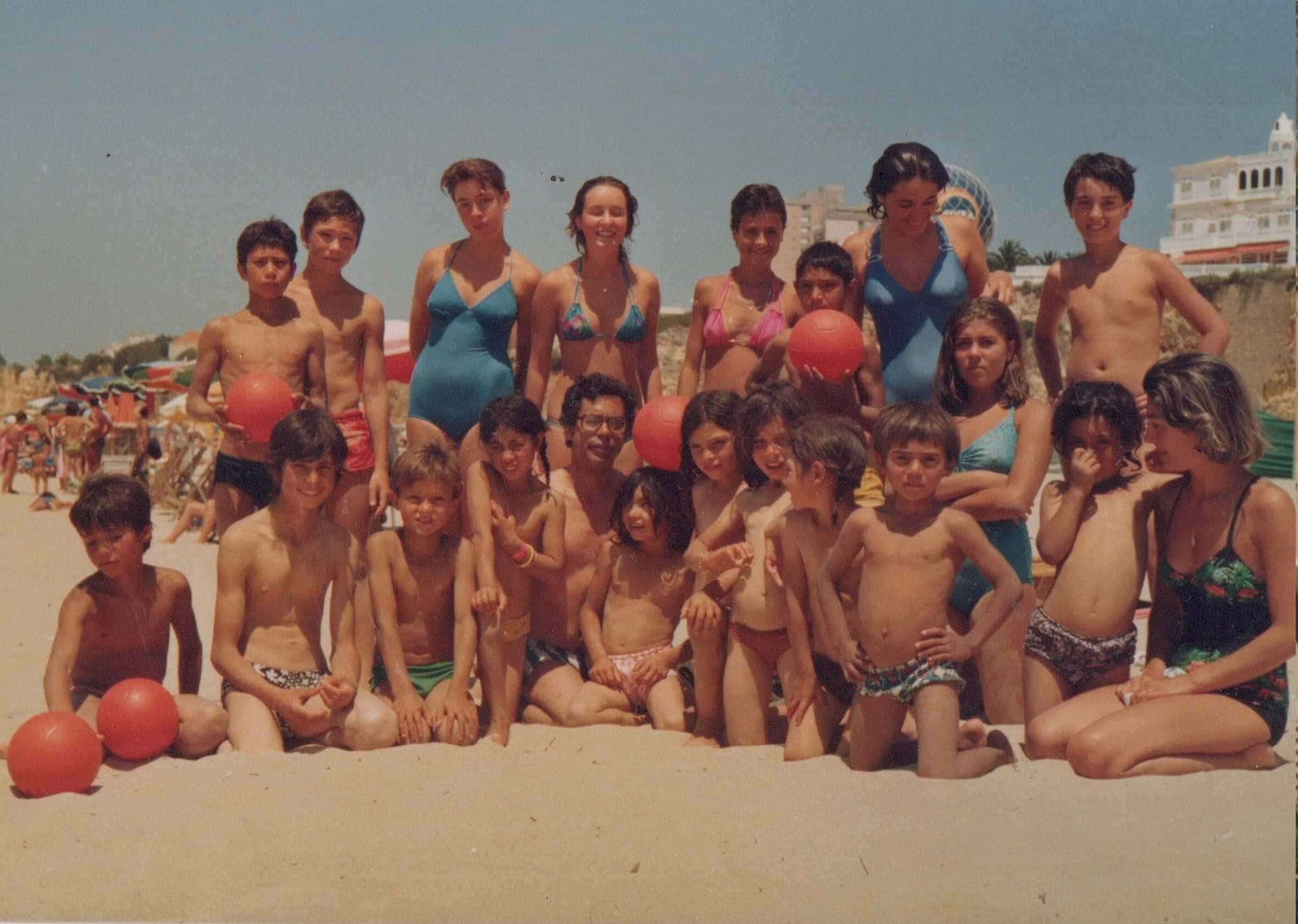 historia-dia-de-praia-com-miudos-ciganos-copia