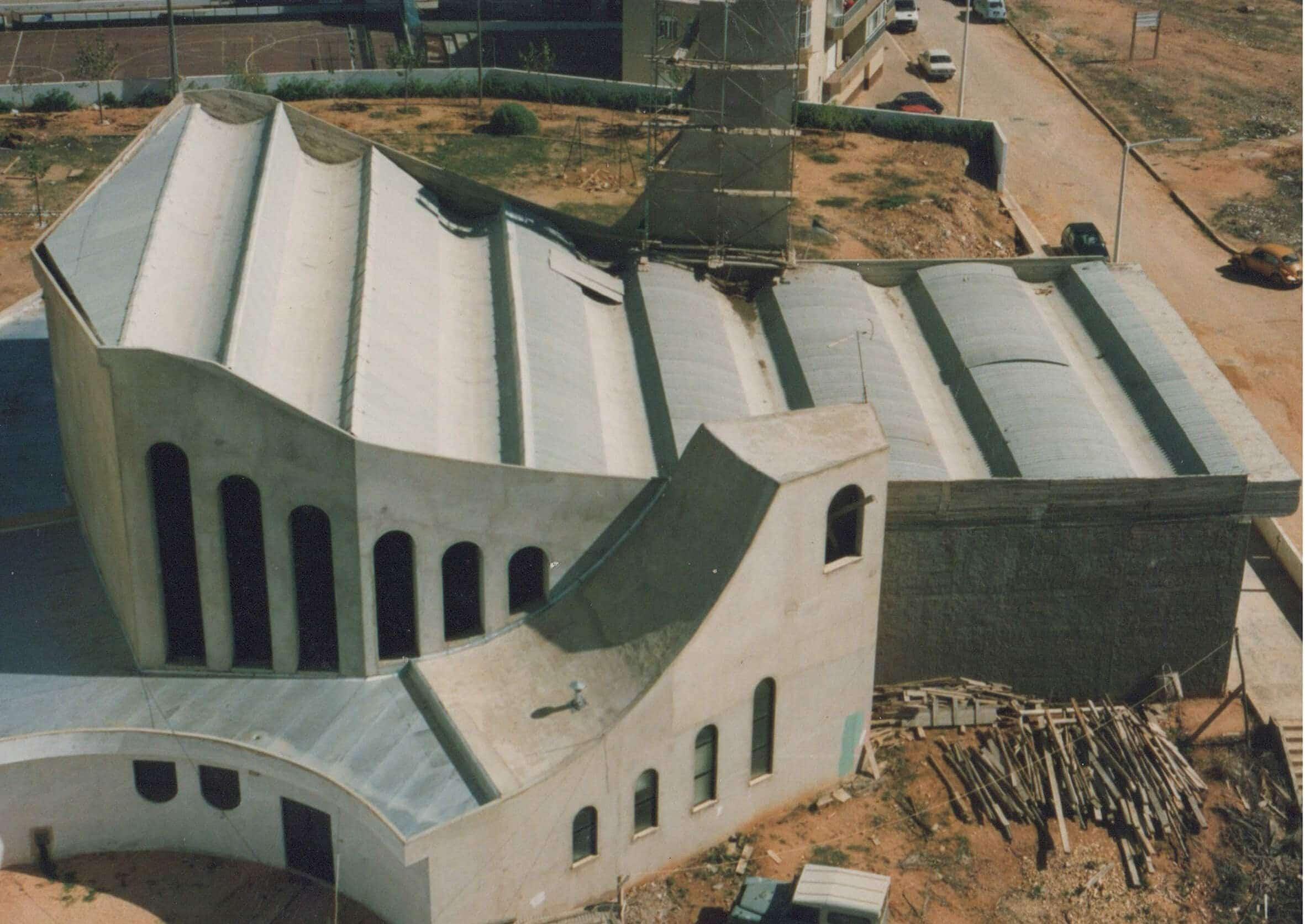 historia-igreja-em-construcao-vista-aerea-copia