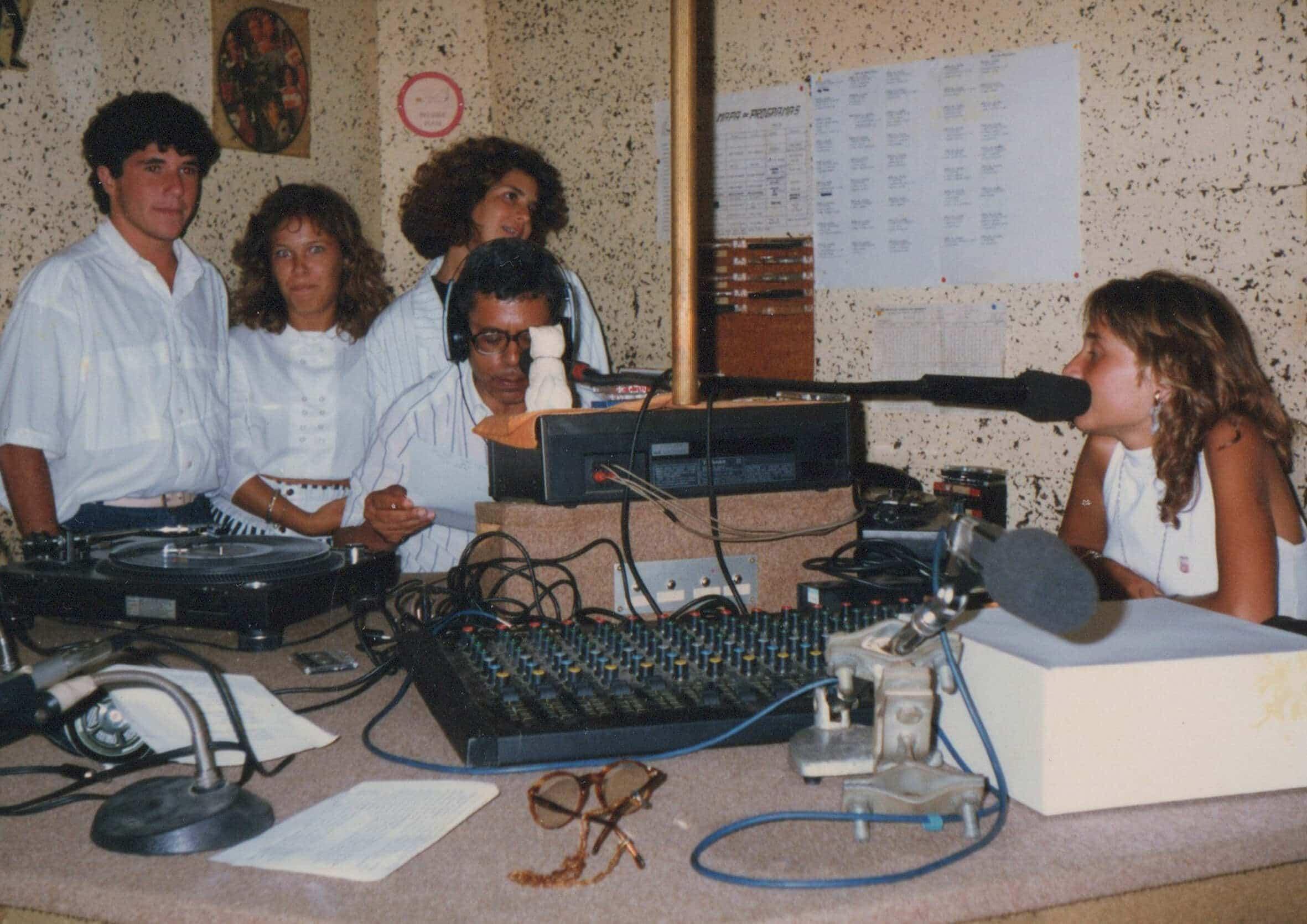 historia-radio-jovens-copia