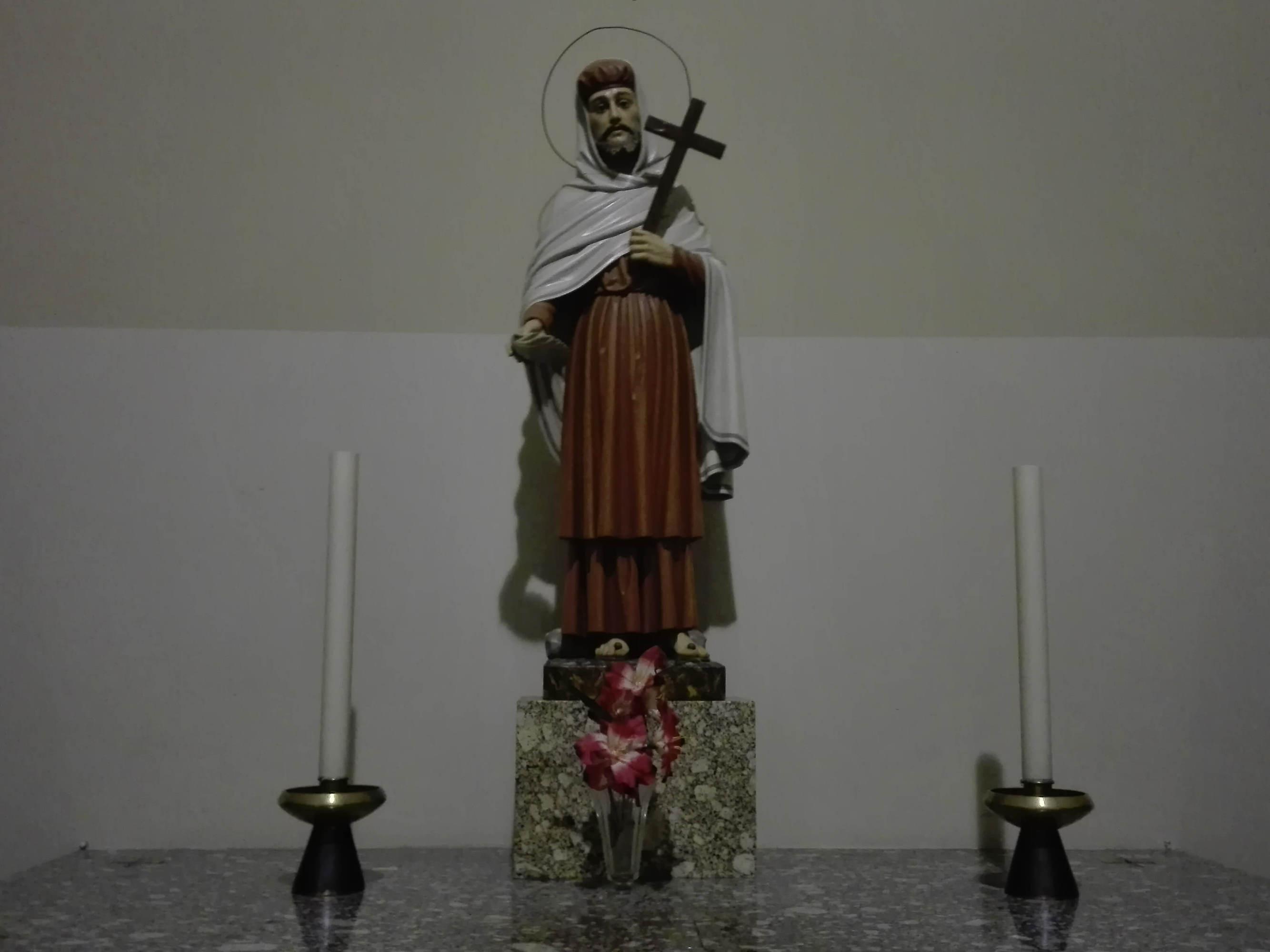 igreja-s-tiago-_altar_s-joao_brito