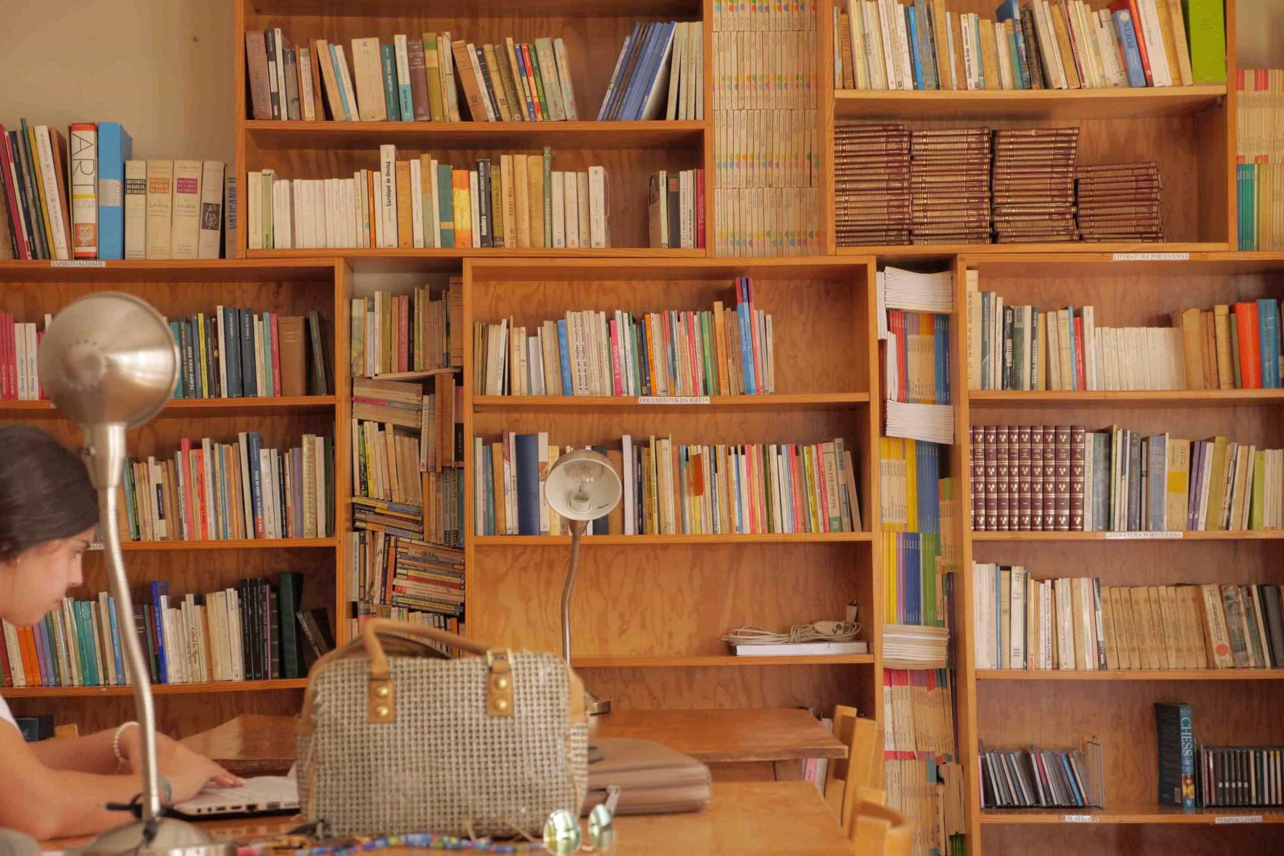 biblioteca-51