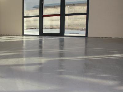 Pittura Per Cemento Armato : Trattamento protettivo antipolvere di pavimenti in calcestruzzo