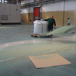Applicazione pavimenti industriali in resina
