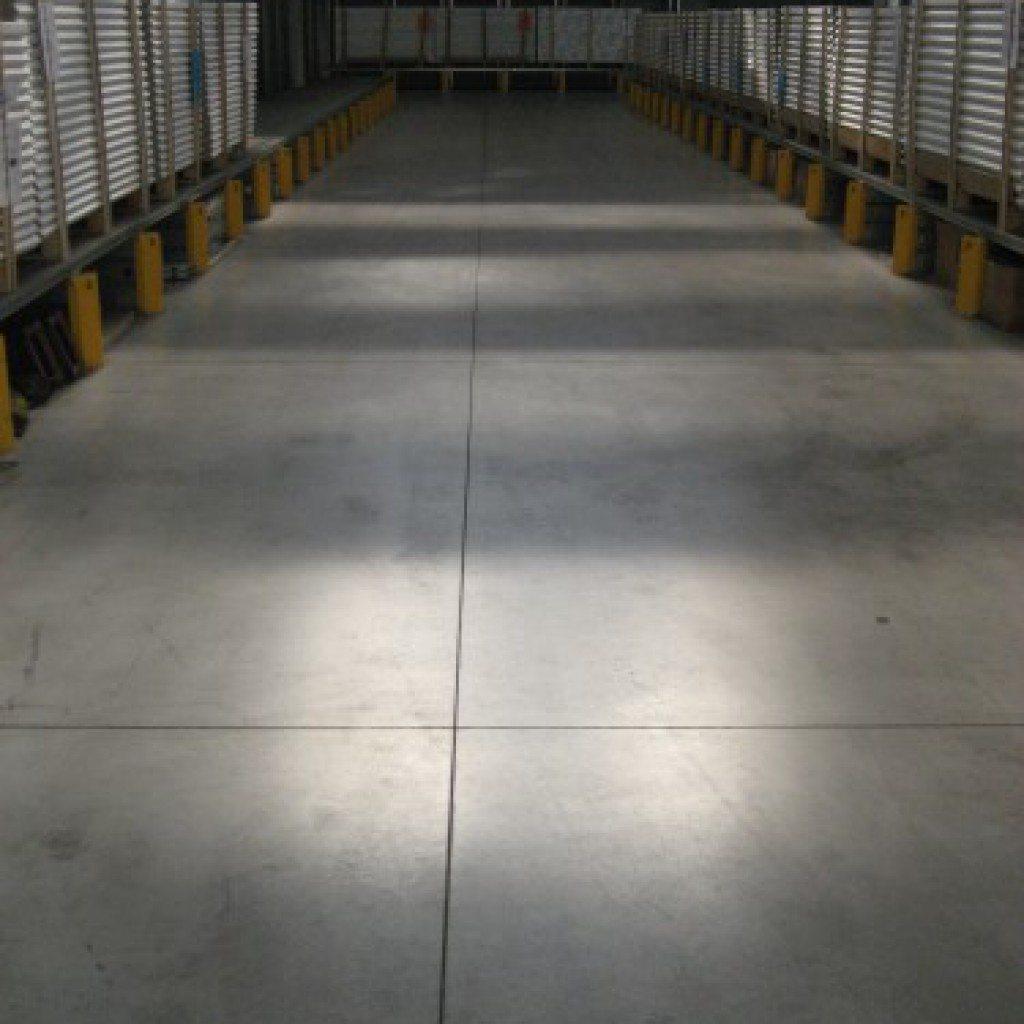 Pavimento Industriale In Cemento.Realizzazione Pavimenti Industriali In Calcestruzzo