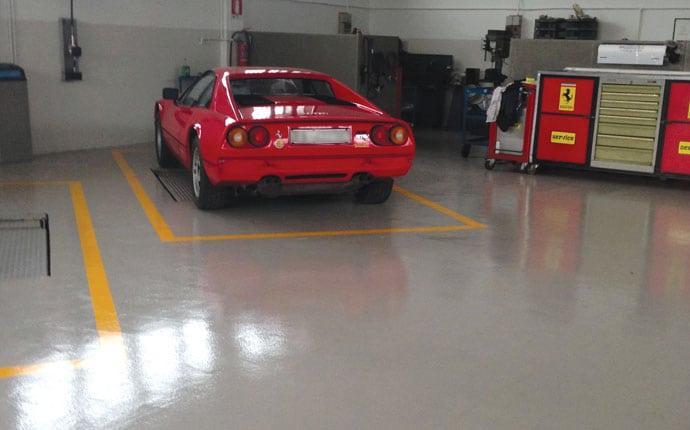 Referenza pavimentazione industriale Malucelli Ferrari