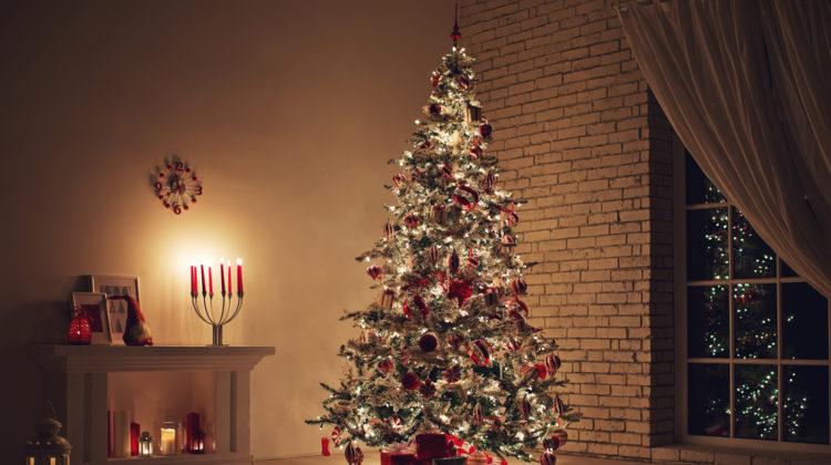 09fd7e637fb6a The Christmas Shopping Season Has Begun 140 Days Early.