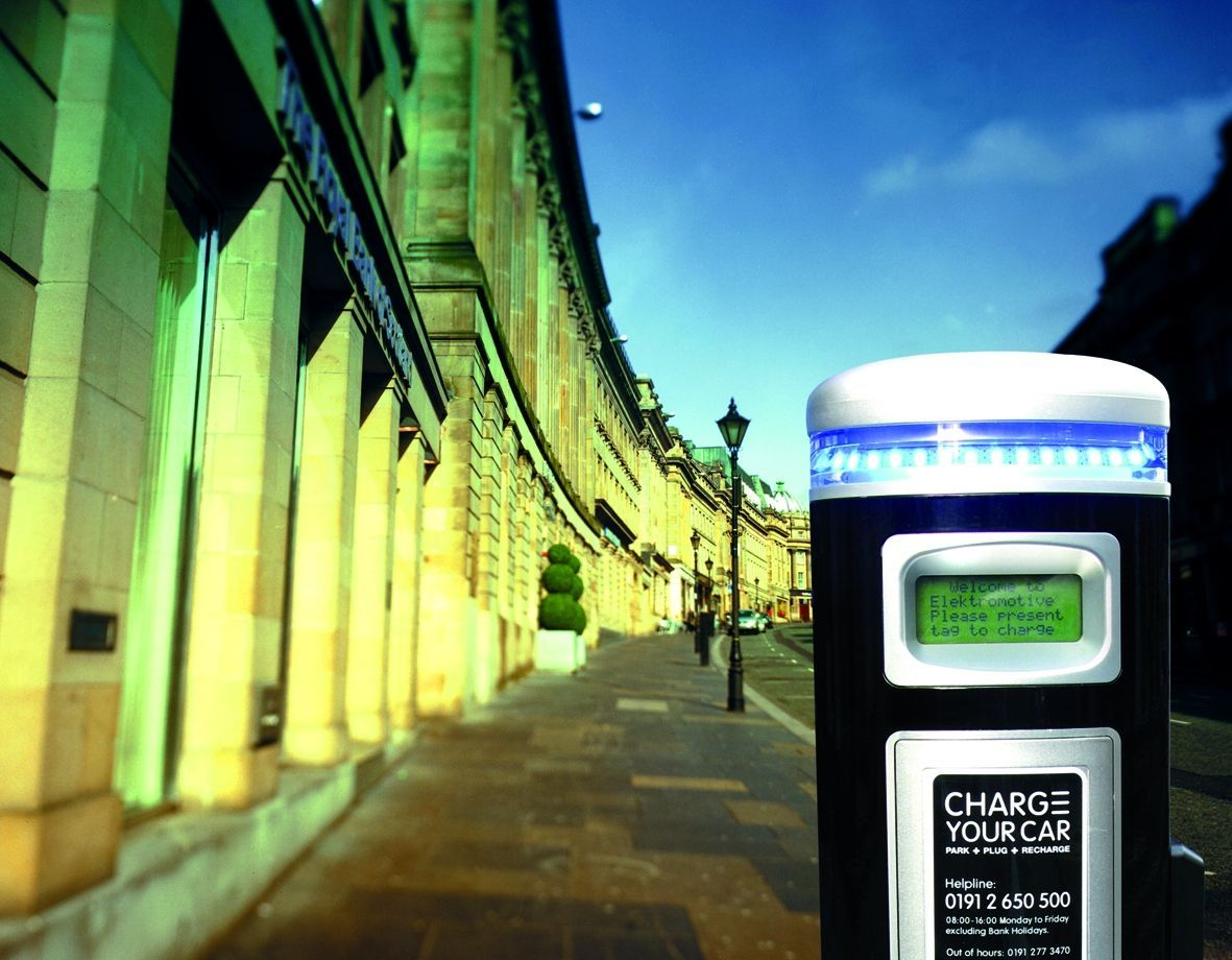 Charging points available for street parking in many cities