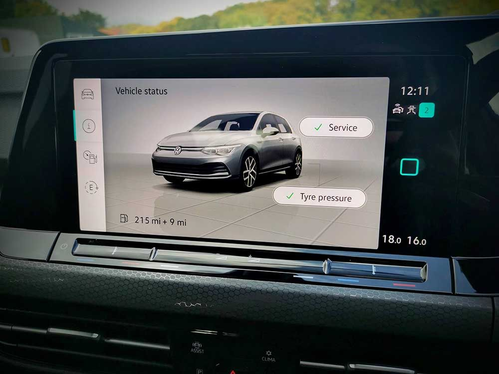 Infotainment screen on new Golf 8 GTE