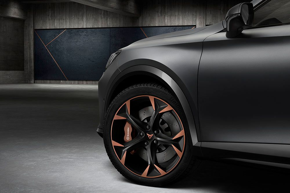New CUPRA Formentor machined alloy wheels with Brembo Disc Brakes in CUPRA Copper
