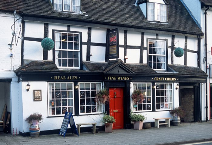 Pubs will continue to receive a business rates discount