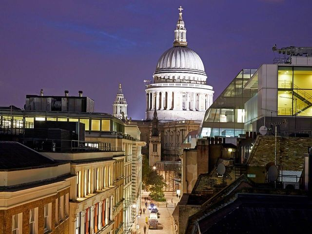 cheval-calico-house-st-pauls-penthouse-roof-terrace-01