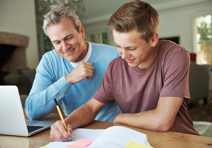 The influence of parents on graduates' early career decisions